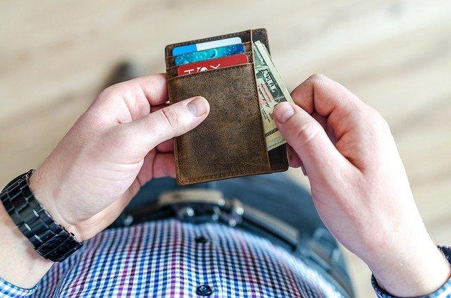 Comment économiser sur sa paye du mois ?